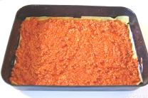 bolognese_spred_over_the_first_layer